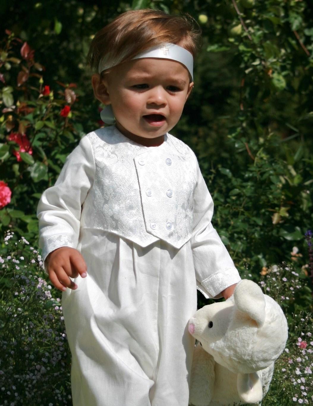 Finaste dop-kostymerna utsedda av Barnlandet