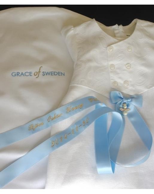 Vård och förvaring av dopkläder